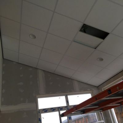 Optimale hoogte benutten door met het vaste plafond mee omhoog te gaan.
