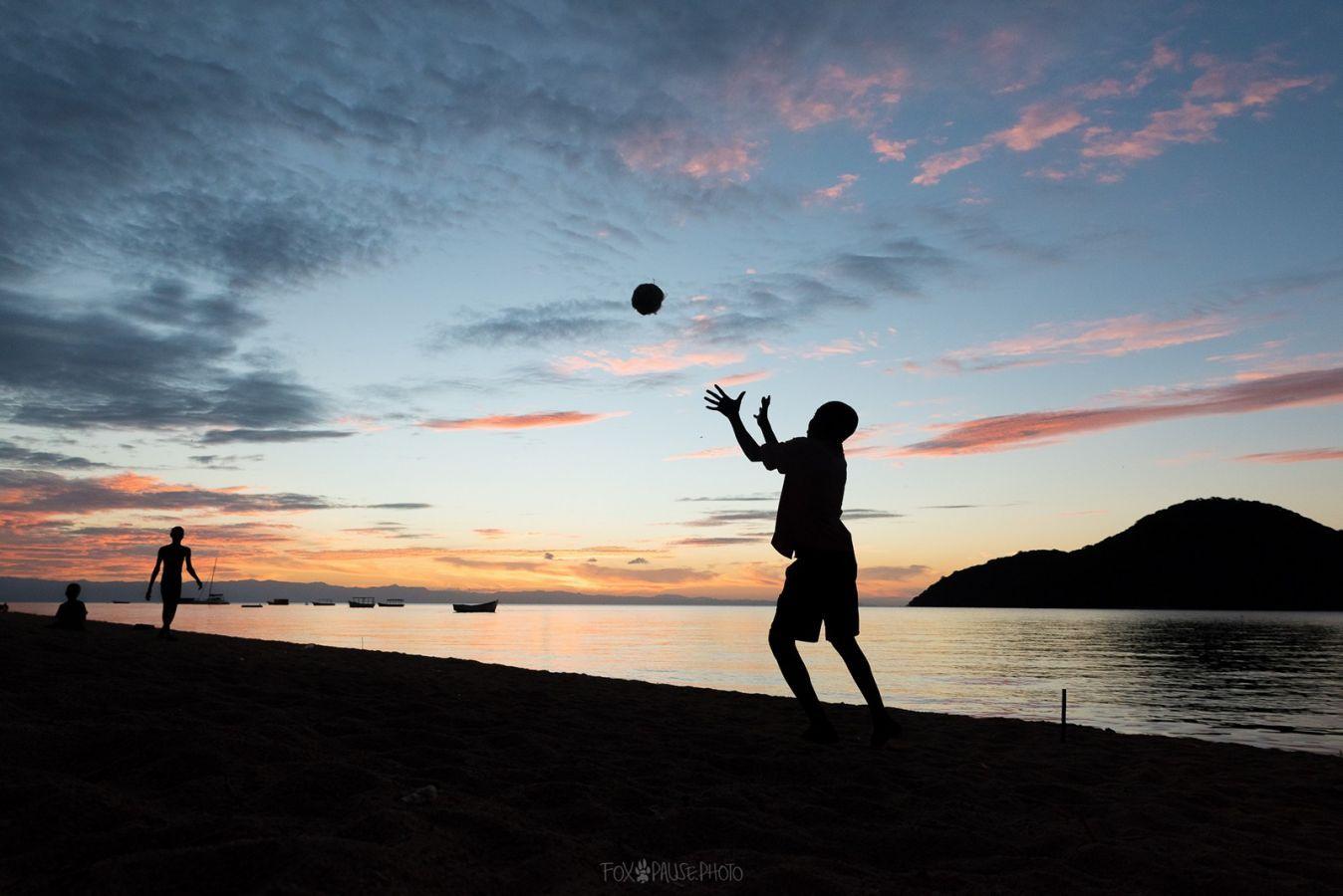 Lake Malawi spelende kinderen