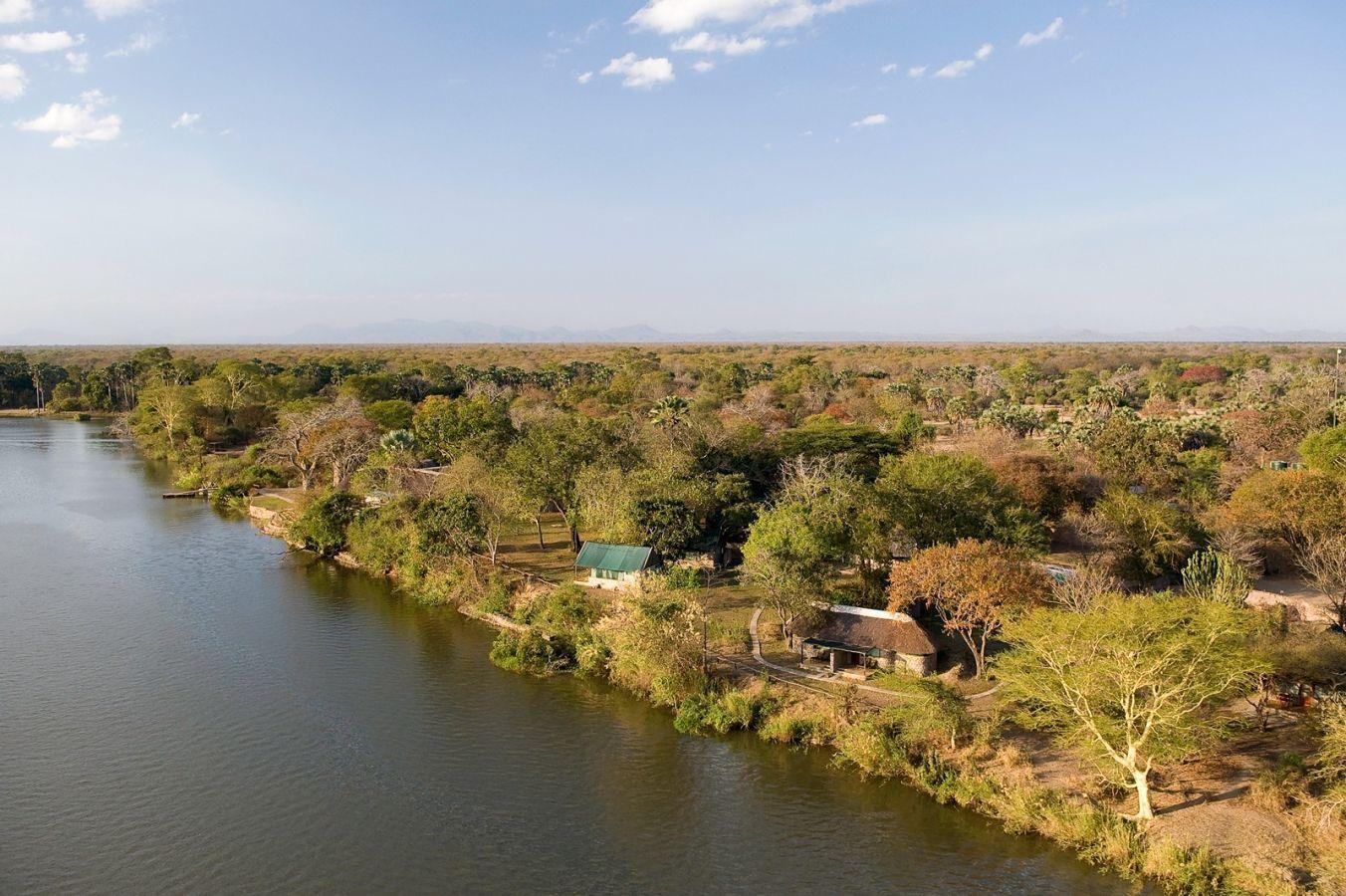 Mvuu Camp aan de Shire rivier