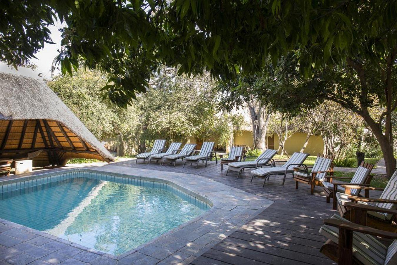 Namushasha River Lodge zwembad