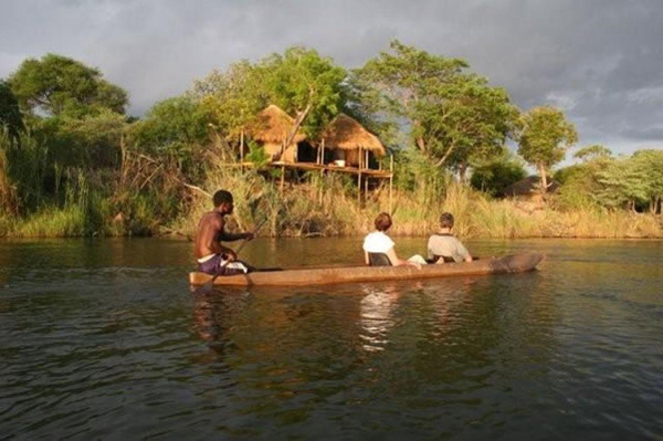 Ngepi Camp bootsafari