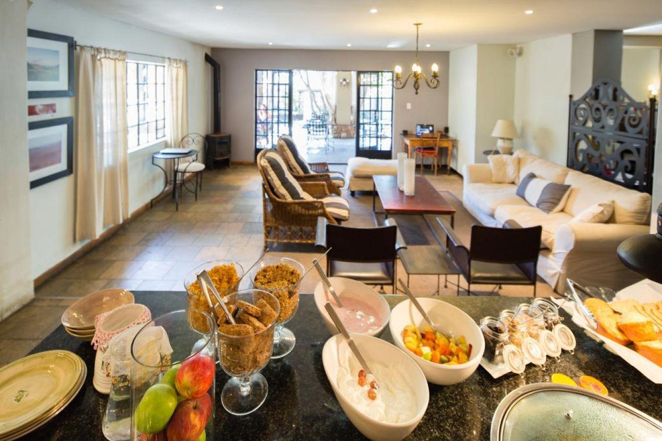 Olive Grove Guesthouse eetruimte