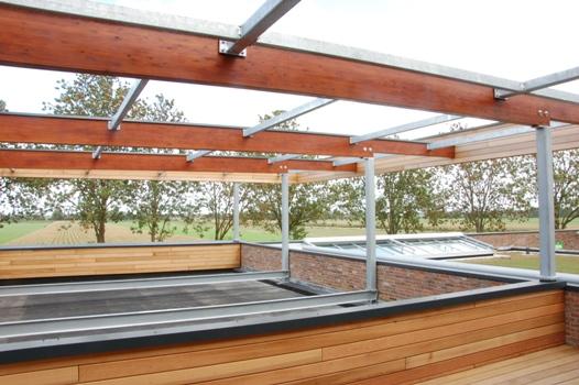 K2 systems zonnepanelen op vrijhangend frame