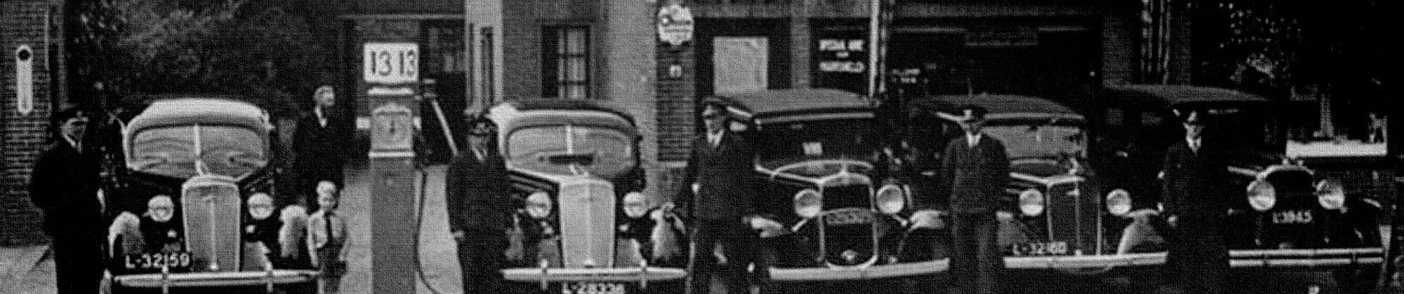 10 jarig bestaan van rijwielhandel en autoverhuur Klomp. (1935)