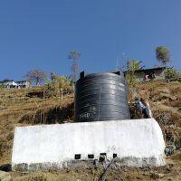 Wie is die hulpverlener in Nepal?
