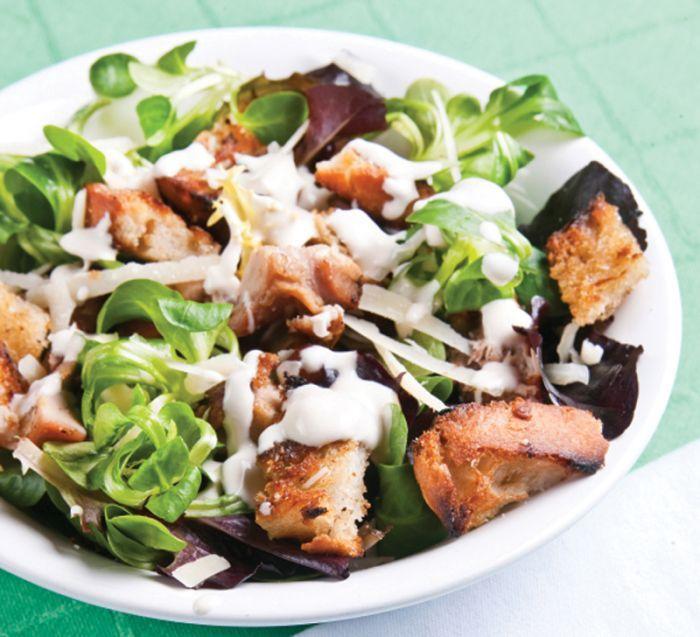 Verrassend Caesar salade met krokante kip HX-14