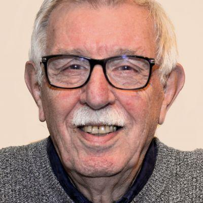 Hans Groot ontmoet de van Radio Soest afscheid nemende René Janson in het programma Ontmoeting Met...vrijdagmiddag van 13 tot 14 uur