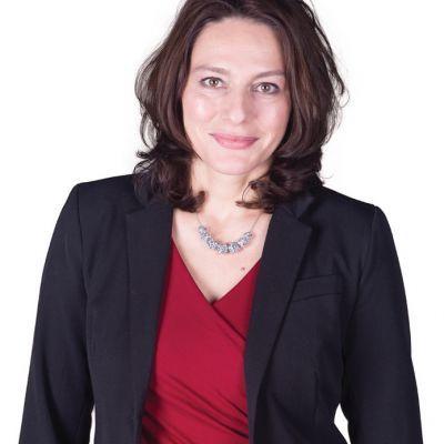 Uitreiking gemeentelijke Cultuurprijs 2021 aan wethouder Nermina Kundic
