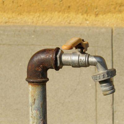 Loodgieters in Eemland draaien overuren; veel gesprongen waterleidingen