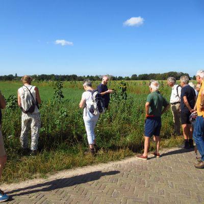 Excursie over flora en fauna op de Eng
