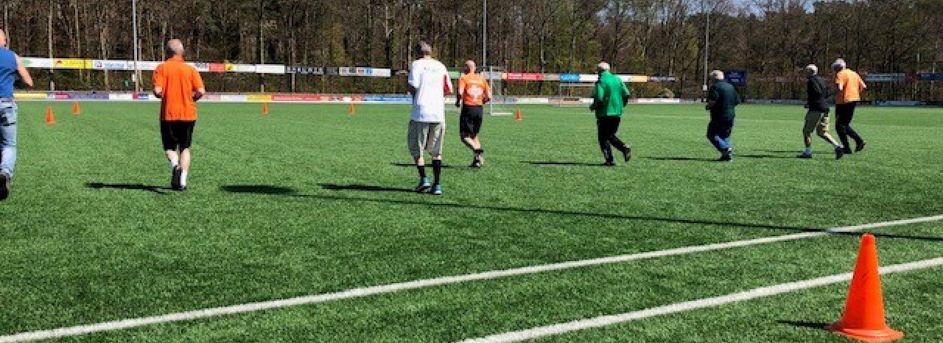 Walking Football...jong geleerd, oud gedaan