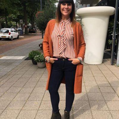Outfit inspiratie🤩 #studiojill #fashion #more #blouse #sainttropez #vest #circleoftrust #jeans #only #heels #viavai
