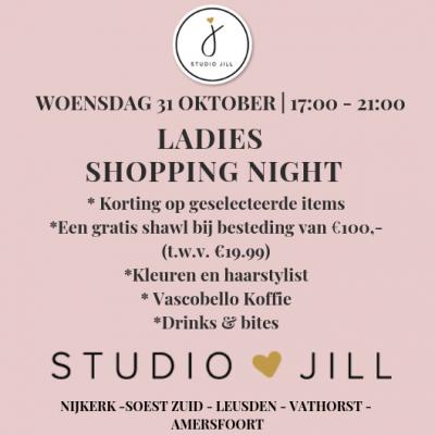 WE ALL LOVE FASHION 31-10-18   17.00-21.00    LADIES SHOPPINGNIGHT     Bits and Bites    Komen jullie gezellig aanstaande woensdagavond shoppen!? Wij ...