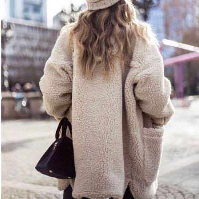 TEDDY JACKET  @only_official €49,99 Ook in groen en bruin! Echt te gek #teddy #fur #faux #warm #winter #jackets