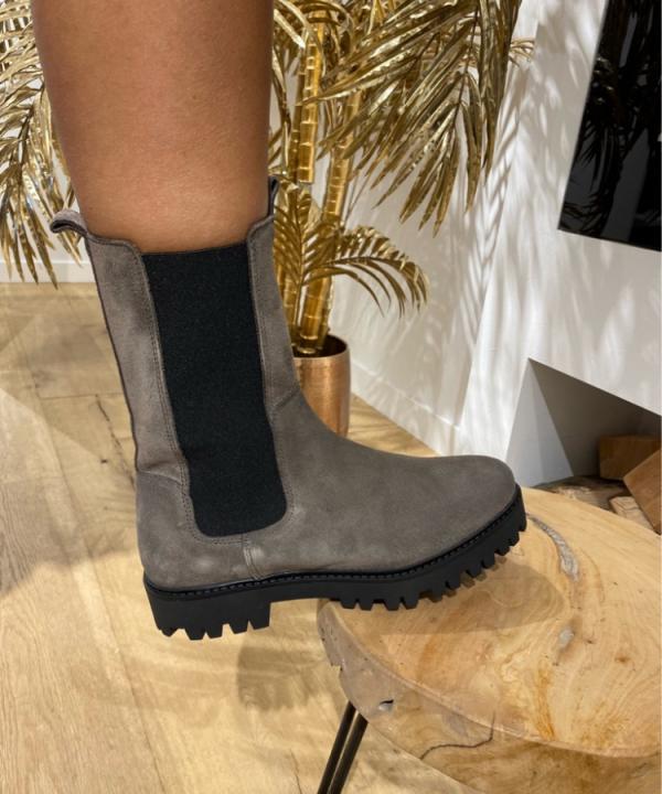 Boots Bochum suede