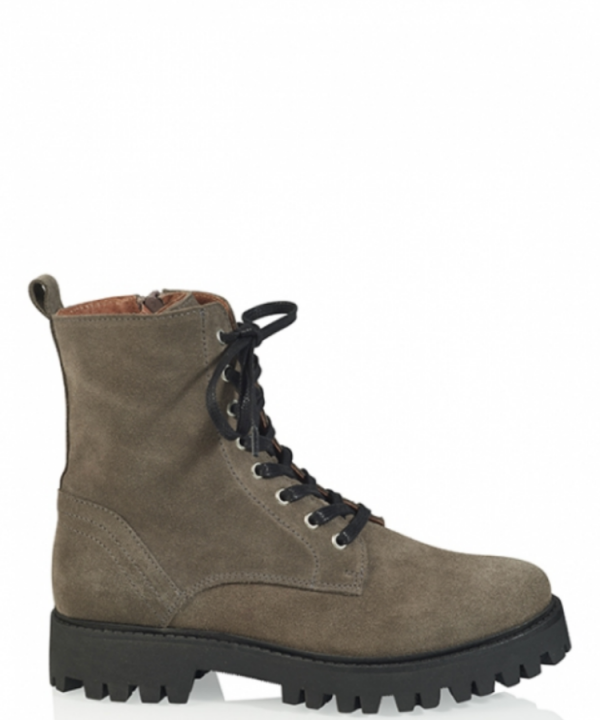 Boots Stanley suede