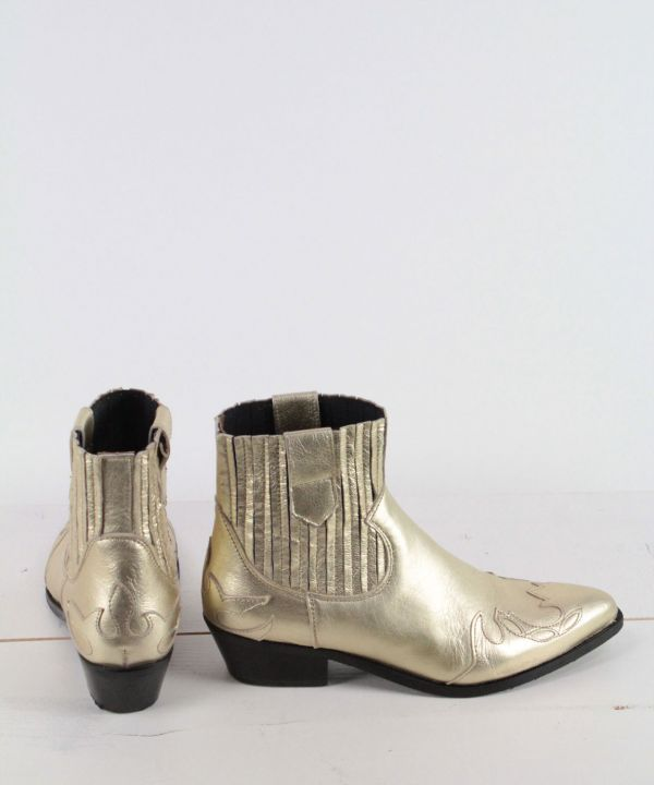 Boots austin flame