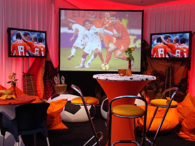 WK EK thema inrichting oranje huren