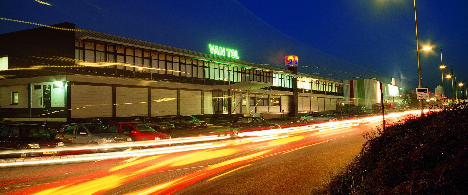 Van Tol Retail
