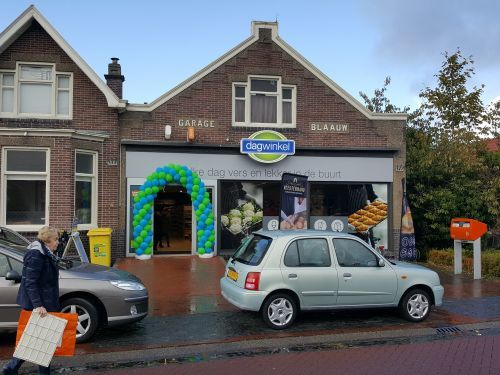 De dertigste Dagwinkel is geopend in Midwolda